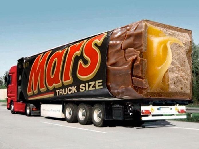 quảng cáo trên xe tải đầy ấn tượng